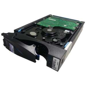 005-048786 HDD EMC 15K.5 300Gb (U300/15000/16Mb) DP 3,5